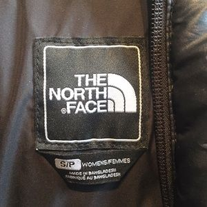The North Face Jackets & Coats - The North Face black puffer jacket, sz s, 57579